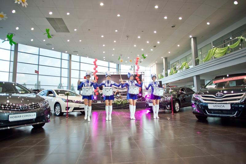 Novaya-Toyota-Corolla-v-Volgograde-foto-8